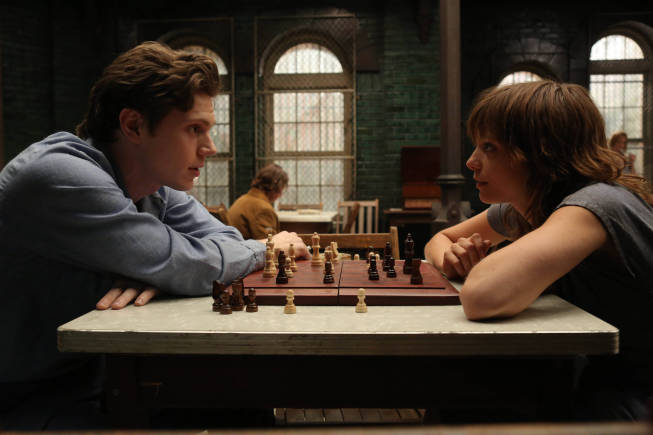 Evan Peters (left) as Kit and Lizzie Brochere as Grace. Photo by Byron Cohen/FX.