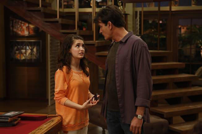 "Daniela Bobadilla (left) as Sam Goodson and Charlie Sheen as Charlie Goodson in the FX original comedy series ""Anger Management."" Photo by Greg Gayne/FX Network."